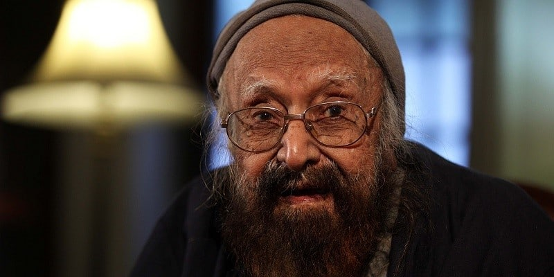 NEW DELHI, INDIA  NOVEMBER 24: Writer and former editor of English Daily Hindustan Times Khushwant Singh during photo session at his house at Sujan Singh Park on November 24, 2010 in New Delhi, India.  Khushwant Singh died on March 20, 2014 at the age of 99 at his residence in Sujan Singh Park in New Delhi.  (Photo by Raj K Raj /Hindustan Times via Getty Images)