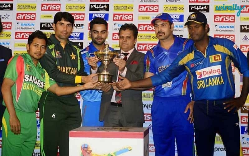 Asia-Cricket-Cup-2-14-picture-with-captain