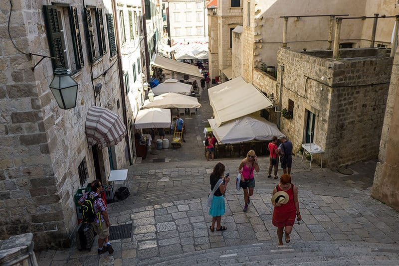 Baroque Staircase (Dubrovnik) Becomes the Stairs to the Great Sept of Baelor (King's Landing)2