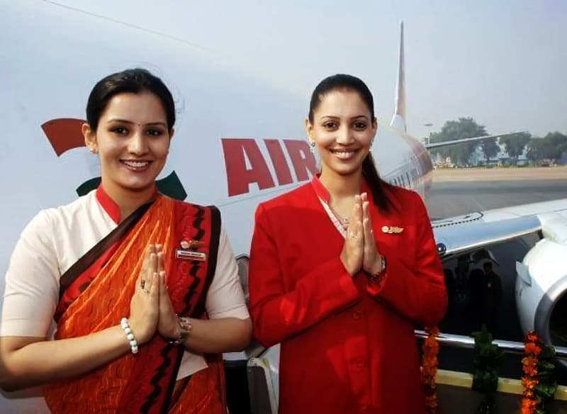 how to become air hostess in usa