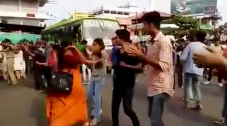 kerala-woman-slap_759_fb