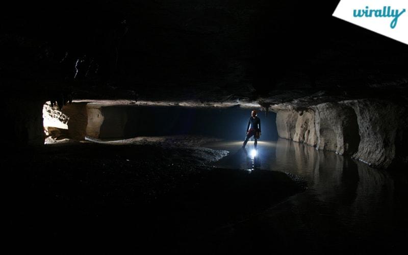 caves of meghalaya