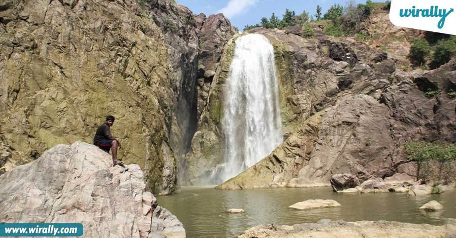 6-gayatri-waterfalls