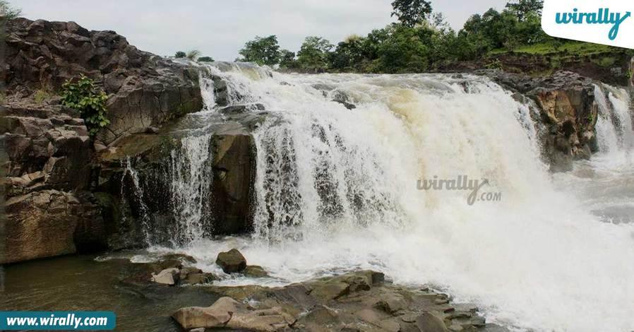 pochera-falls