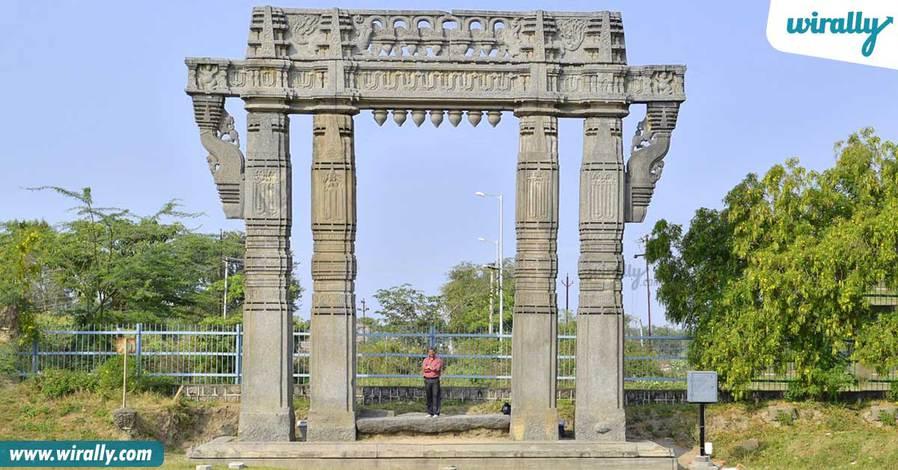 1-warrangal-fort