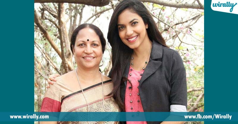 Ritu varma with his mother