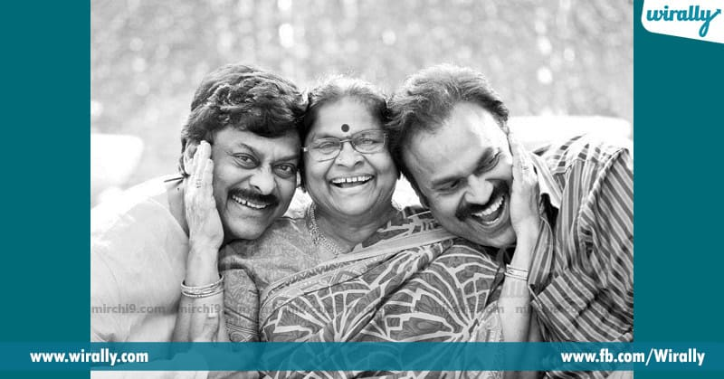 Tollywood chiranjeevi with his motherCelebrities