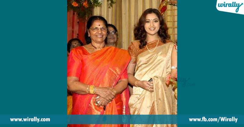 meena with his mother