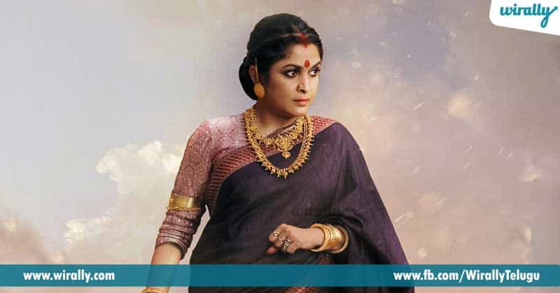 1.-Ramya-Krishna-in-antique-look