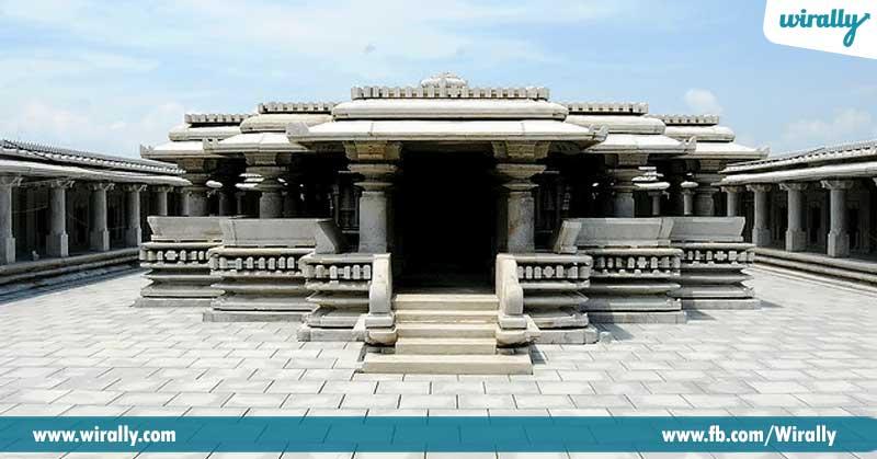 2-venugopala-swamy-temple