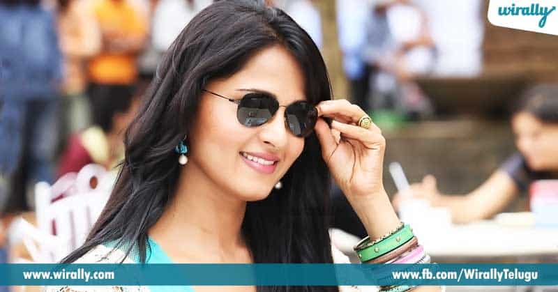 3.-Get-accessorized-with-the-right-sun-glasses.
