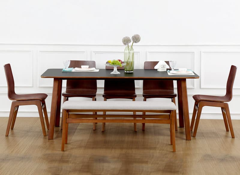 DIY Ideas For A Creative Dining Table