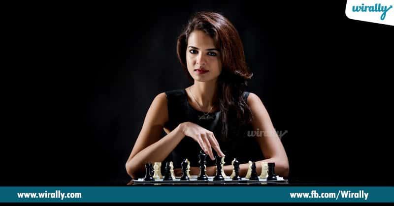 12 Tania Sachdev