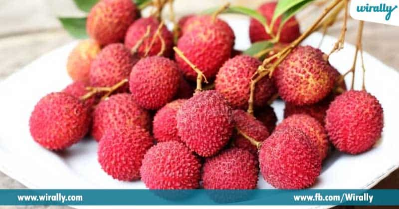 2-Litchi-fruit