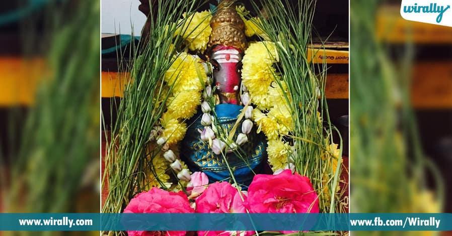 02 Importance of Garika Grass during Ganesh Puja