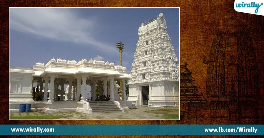 2 Famous Temples in Hyderabad