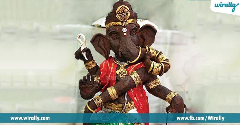 3.Chocolate Ganesha