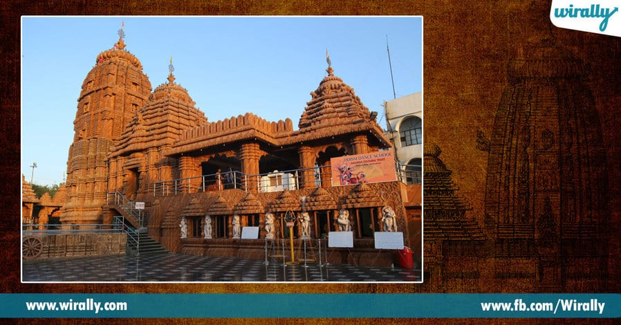 4 Famous Temples in Hyderabad