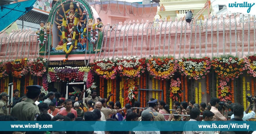 4 visiting a temple during Amavasya