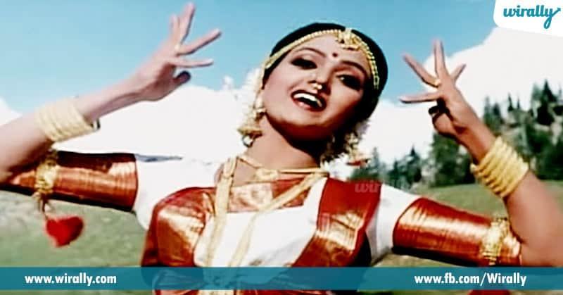4. Bhanu Priya from Swarna Kamalam