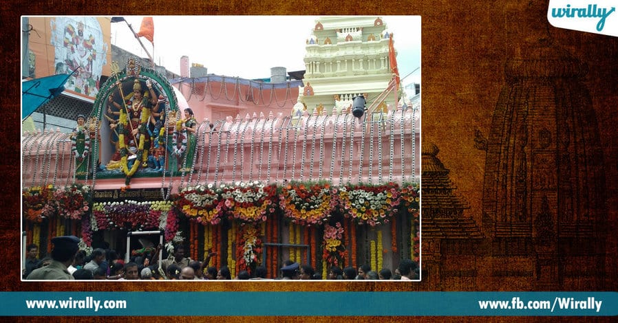 5 Famous Temples in Hyderabad