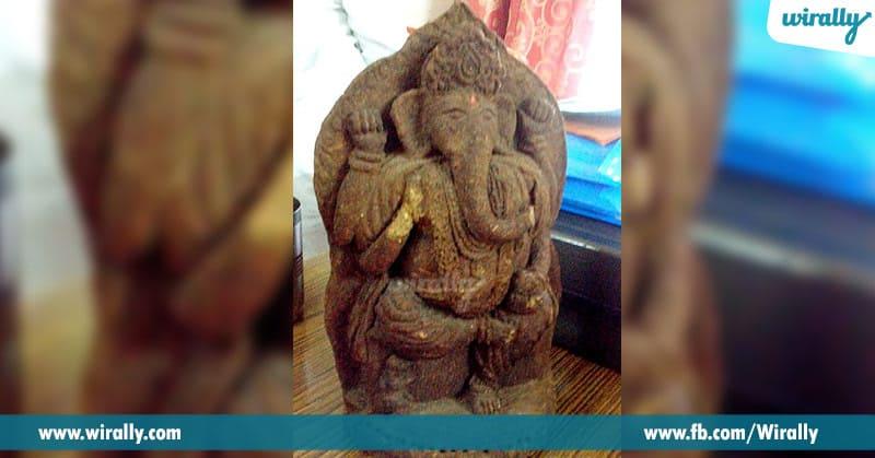 6. Gobar Ganesha