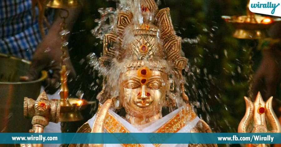 8 Benefits of things used in any Abhishekam