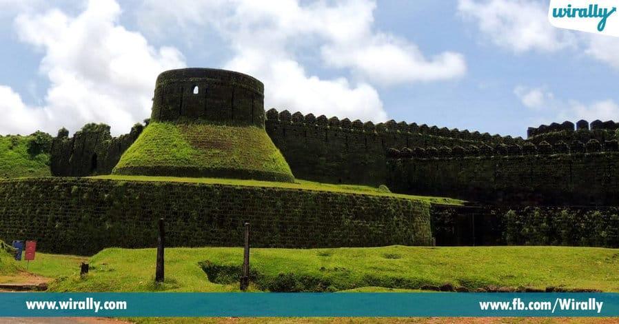 2 - Mirjan Fort