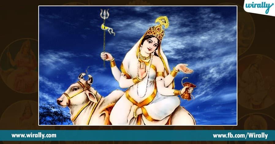 2 avataras and colors of Durga Ammavaru