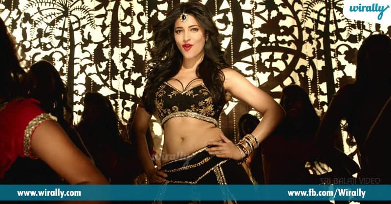 6. Shruti Haasan in Aagadu
