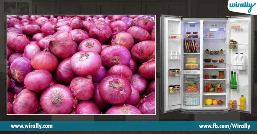 3 Refrigerater lo pettakoodani food items