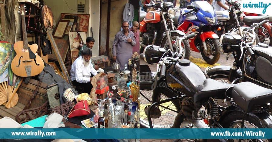 9 - Chor Bazar