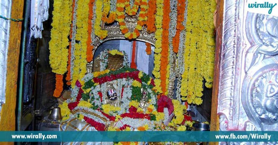 5 nemaligundal sri ranganayakaswami alayaniki a peru ela vachindhi