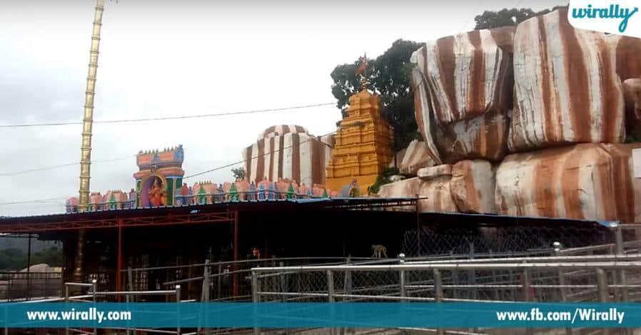 7 Sri Edupayala Vanadurga Bhavani Temple