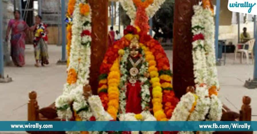 7 bakthula kosam kashi nundi nandavaram vachina sri choudeshwari devi alaya rahasyam