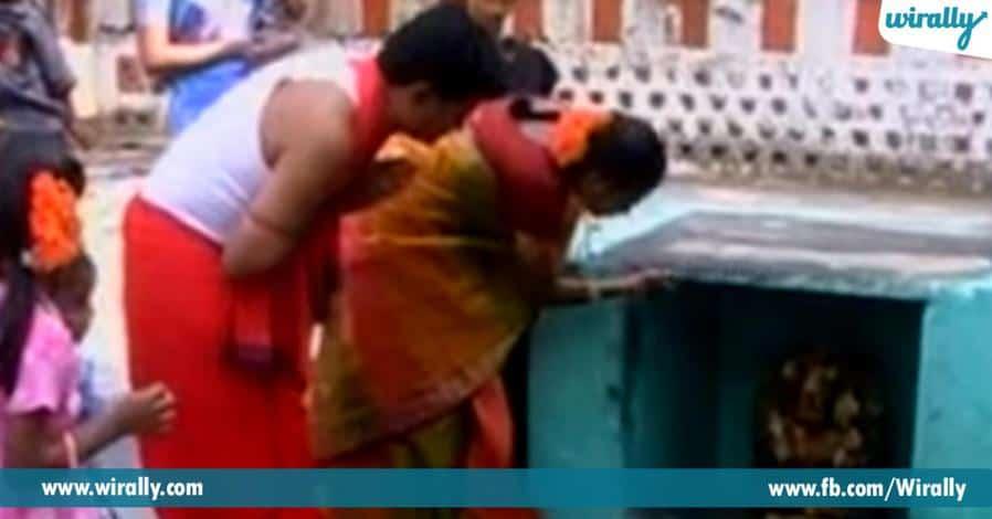 3 ekkada leni vidhanga grahadhipathulu vari vahanaltho vidi vidiga darshanamiche alayam