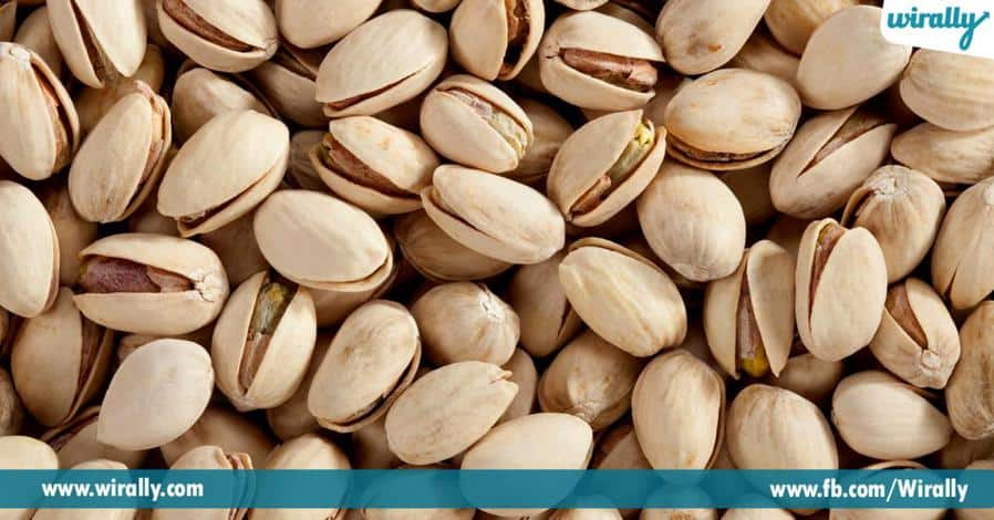 4 Best Nuts To Consume While On A Weight Loss Journey