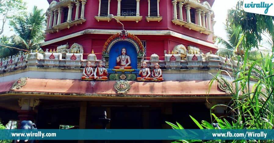 6 marakatha shivalingam unna sri shankaracharyula devalayam