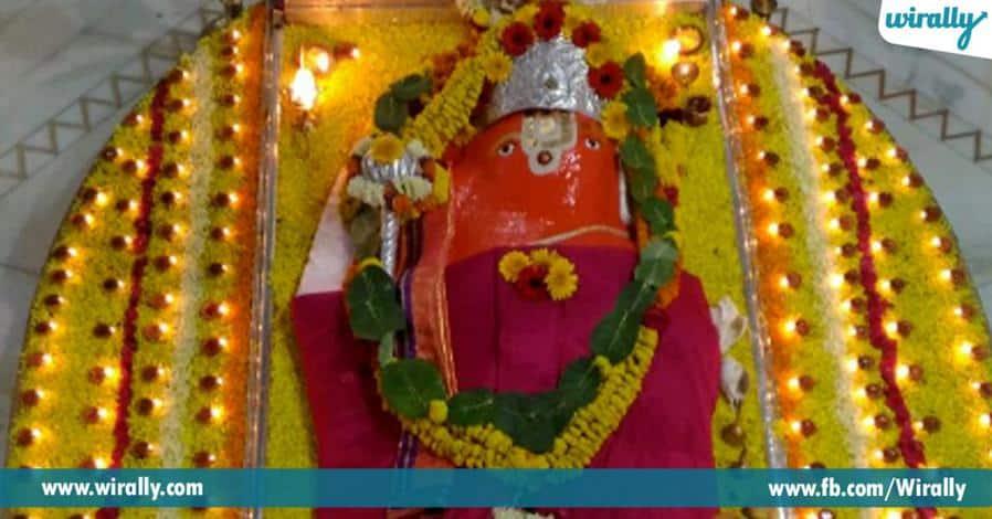 1 swarganiki dwaram ani piluvabade pavitra badramaruthi kshetram