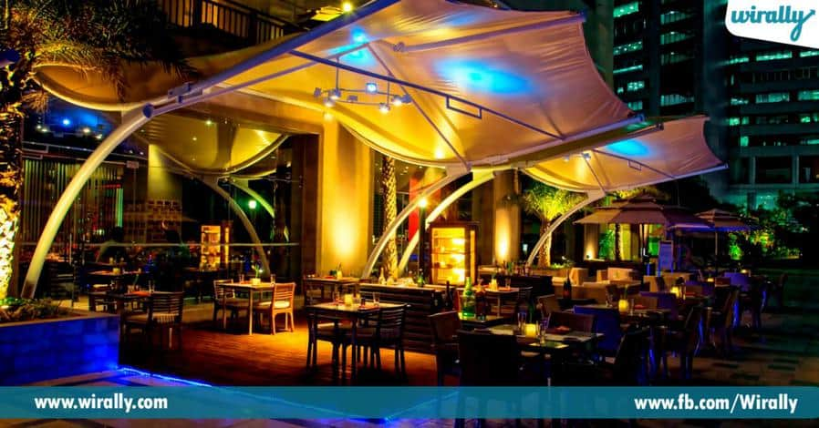 10 Romantic dinner places in Hyderabad