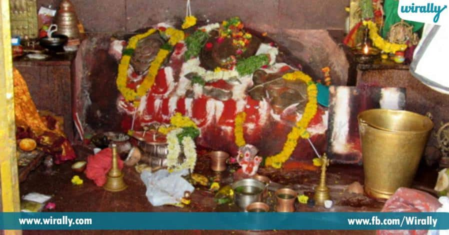 6 acharyanni kaliginche lakshminarasimahswami alayam ekkada undhi