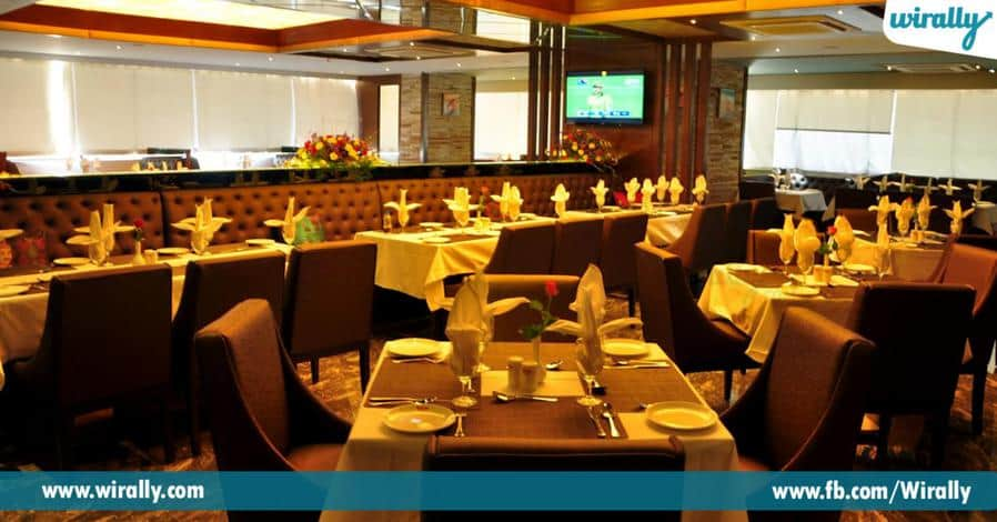 9 Romantic dinner places in Hyderabad