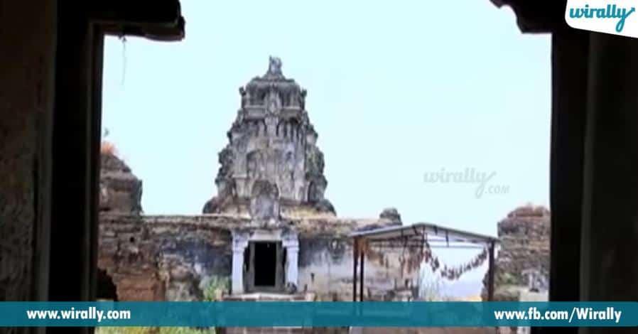5 devathalaki nilayamaina nava brahmeshwaralayalu