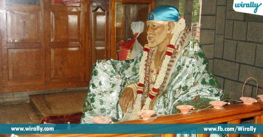 2 shiridilo tappakunda vellalisna darshaniyasthalalu