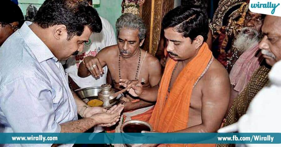 5 thirdam sevinchaka chethini thalaku rasukovacha
