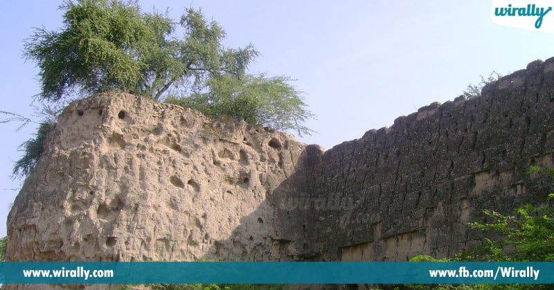 oldest forts of telangana