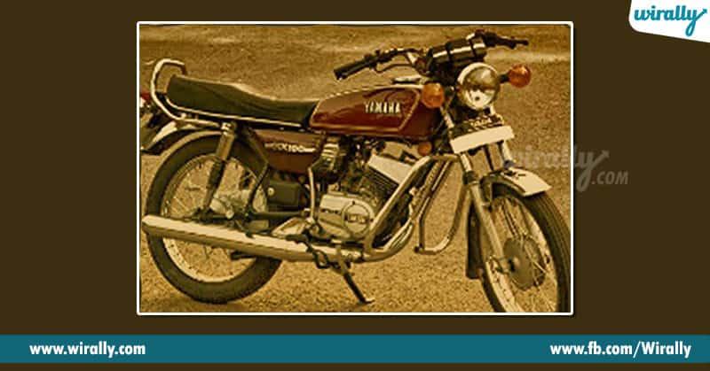 12. Yamaha RX 100