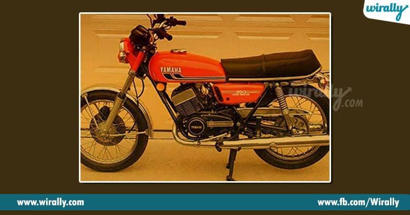 17. Yamaha RD 350