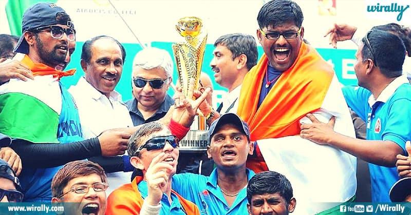 4 - 2010 cricket team