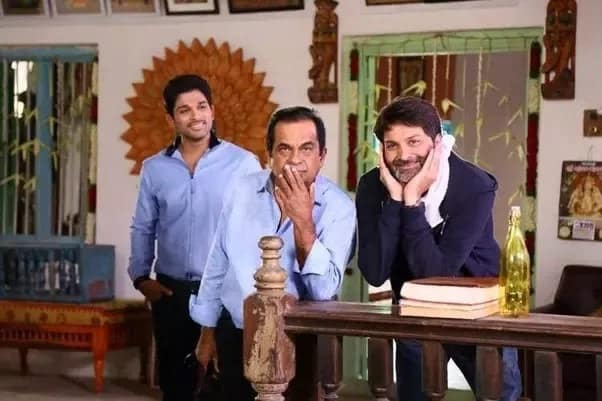 32. with Trivikram and Bunny during Son of Satyamurthy shoot